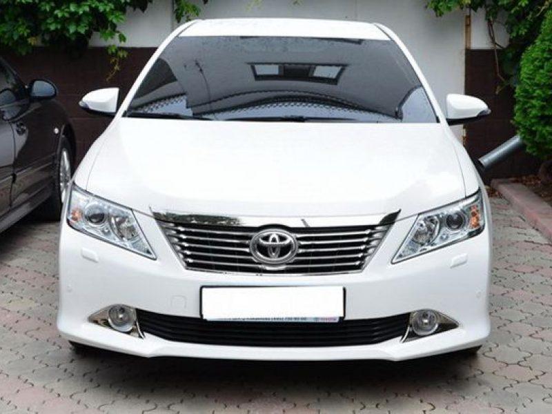 Toyota-Camry-V55_1