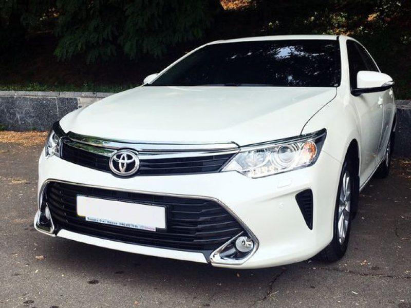 Toyota-Camry-V55_2