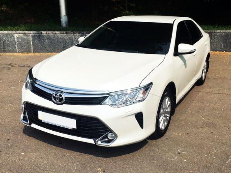 Toyota-Camry-V55_3